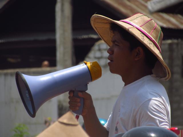 Khun Bedu, militant pro-démocratie, a vu sa candidature rejetée par la commission électorale. photo MB
